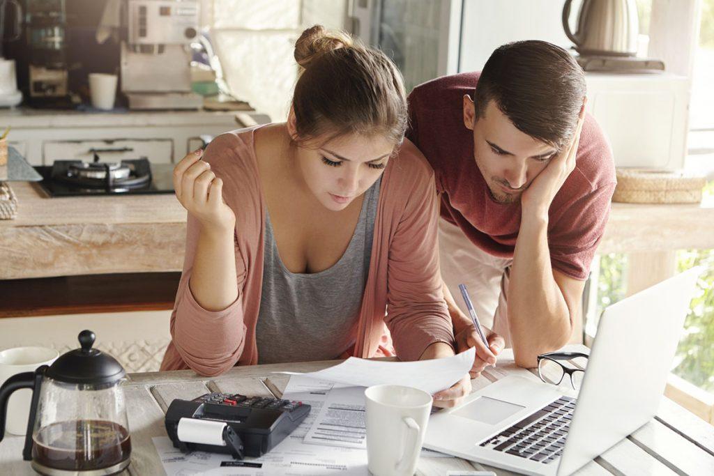 Budowanie historii kredytowej krok pokroku – zbuduj zdolność przedzłożeniem wniosku okredyt