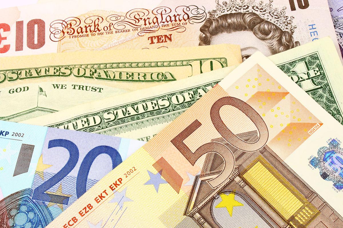 Jak unikać błędów przy wymianie walut